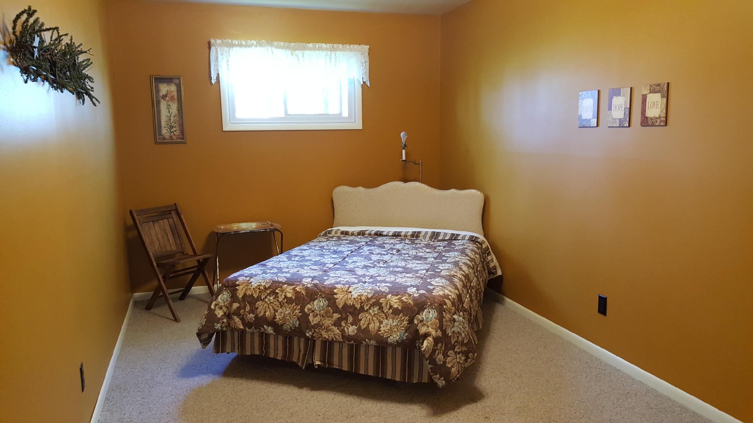 Inn room 3